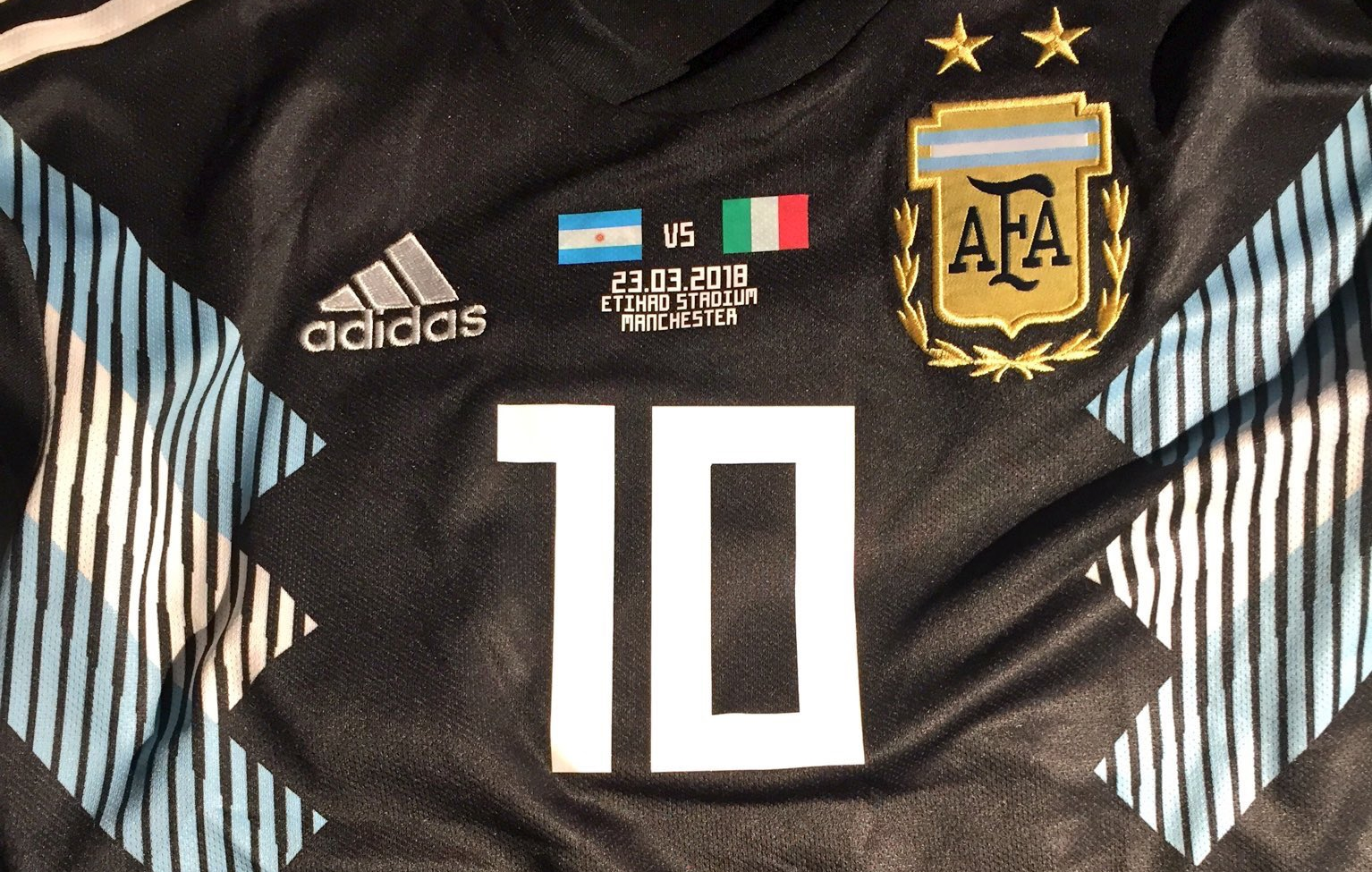 db1d1ca51d9 Away shirt against Italy, anti doping test – Mundo Albiceleste