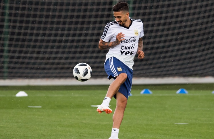 Manuel Lanzini Ruled Out of Argentina's 2018 World Cup After Rupturing ACL