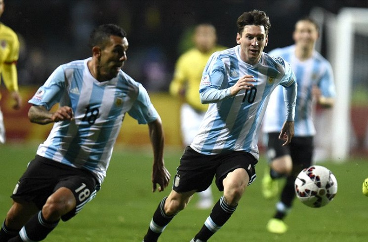 Messi skips Argentina friendlies, future in doubt