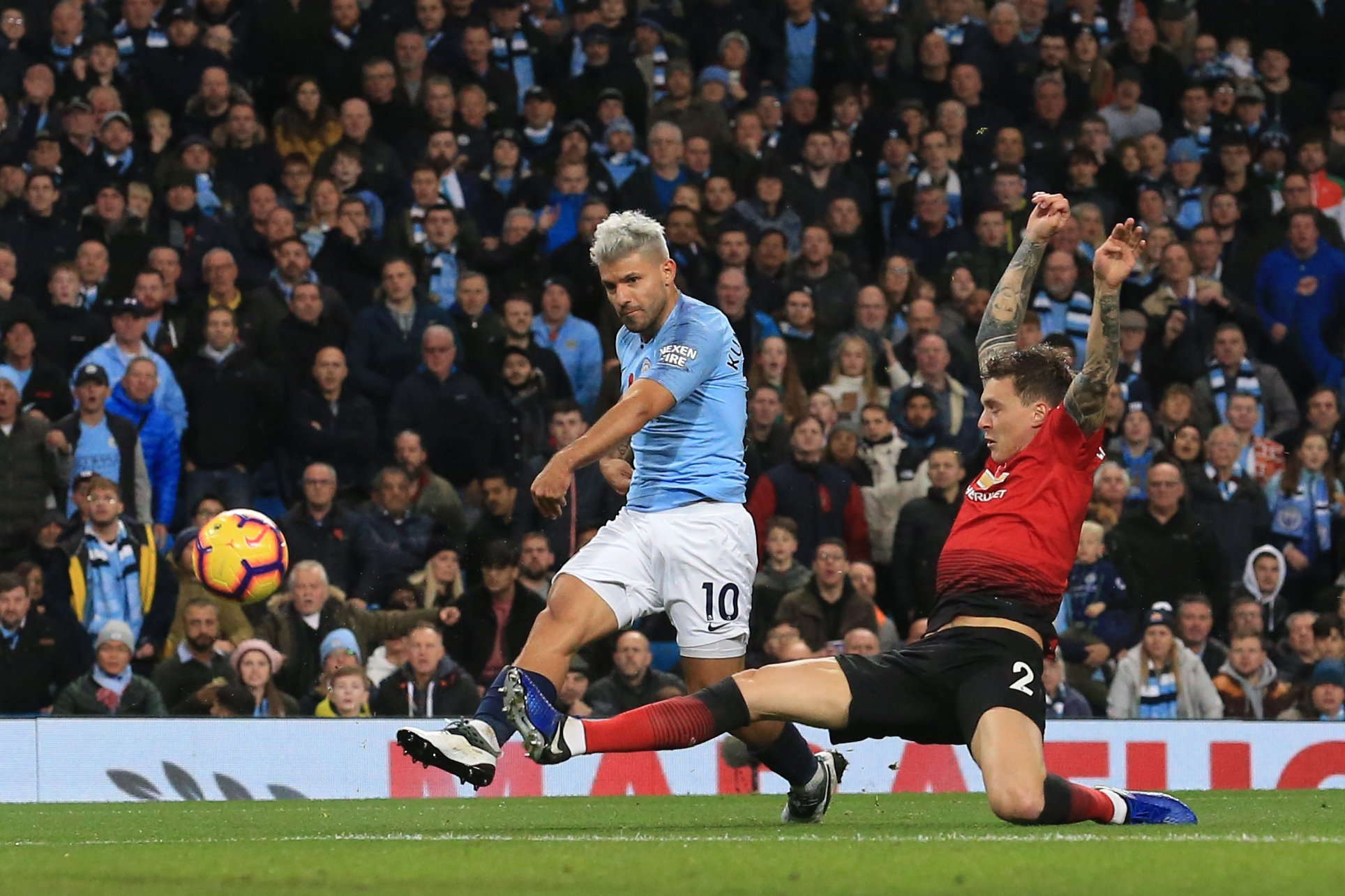 Manchester United Vs Manchester City: Sergio AGUERO Scores For Manchester City In Derby Win