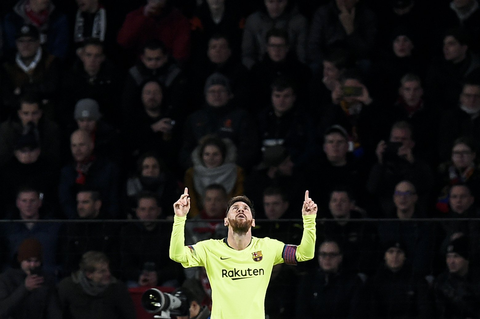 More Messi magic seals Barcelona victory at PSV