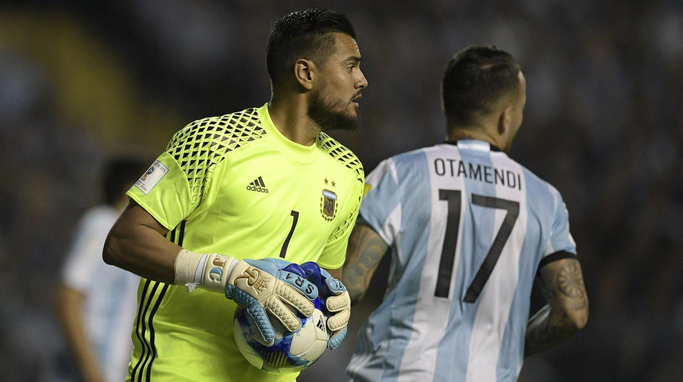ddd38d473 Manchester United and Argentina goalkeeper has his eyes set on the next  year s Copa America and the 2022 World Cup in Qatar. Sergio ROMERO ...