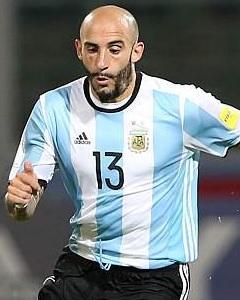 Javier Pinola Argentina