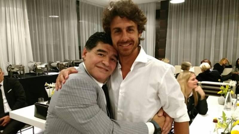 Diego Maradona and Pablo Aimar
