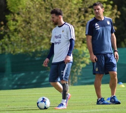 Lionel Messi Argentina practice