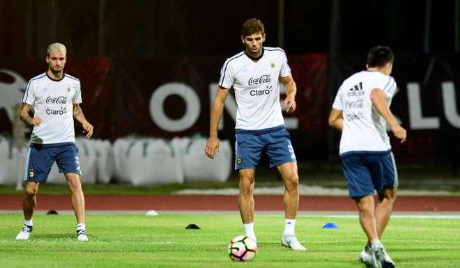 Argentina Singapore training
