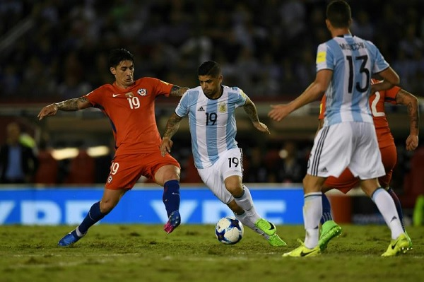 Ever Banega Argentina Chile