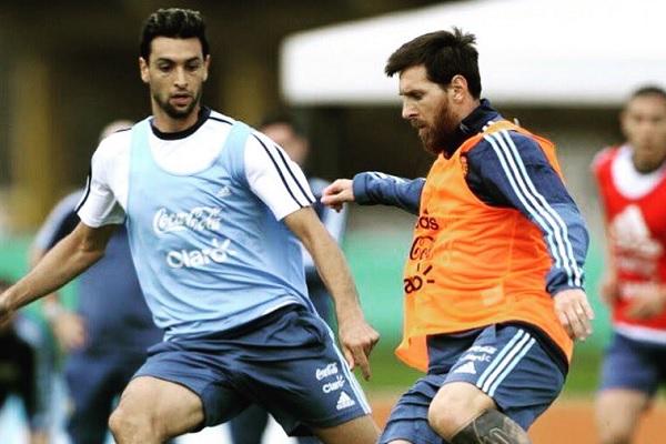 Lionel Messi and Javier Pastore Argentina