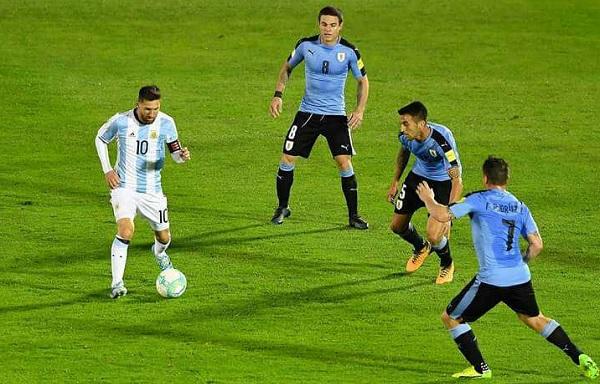 Lionel Messi Argentina Uruguay