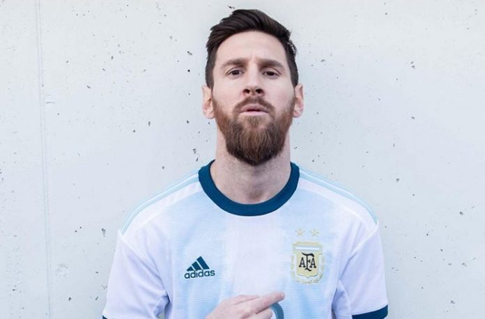 finest selection b5718 61ccf Lionel MESSI, Paulo DYBALA wear new Argentina home kit as ...