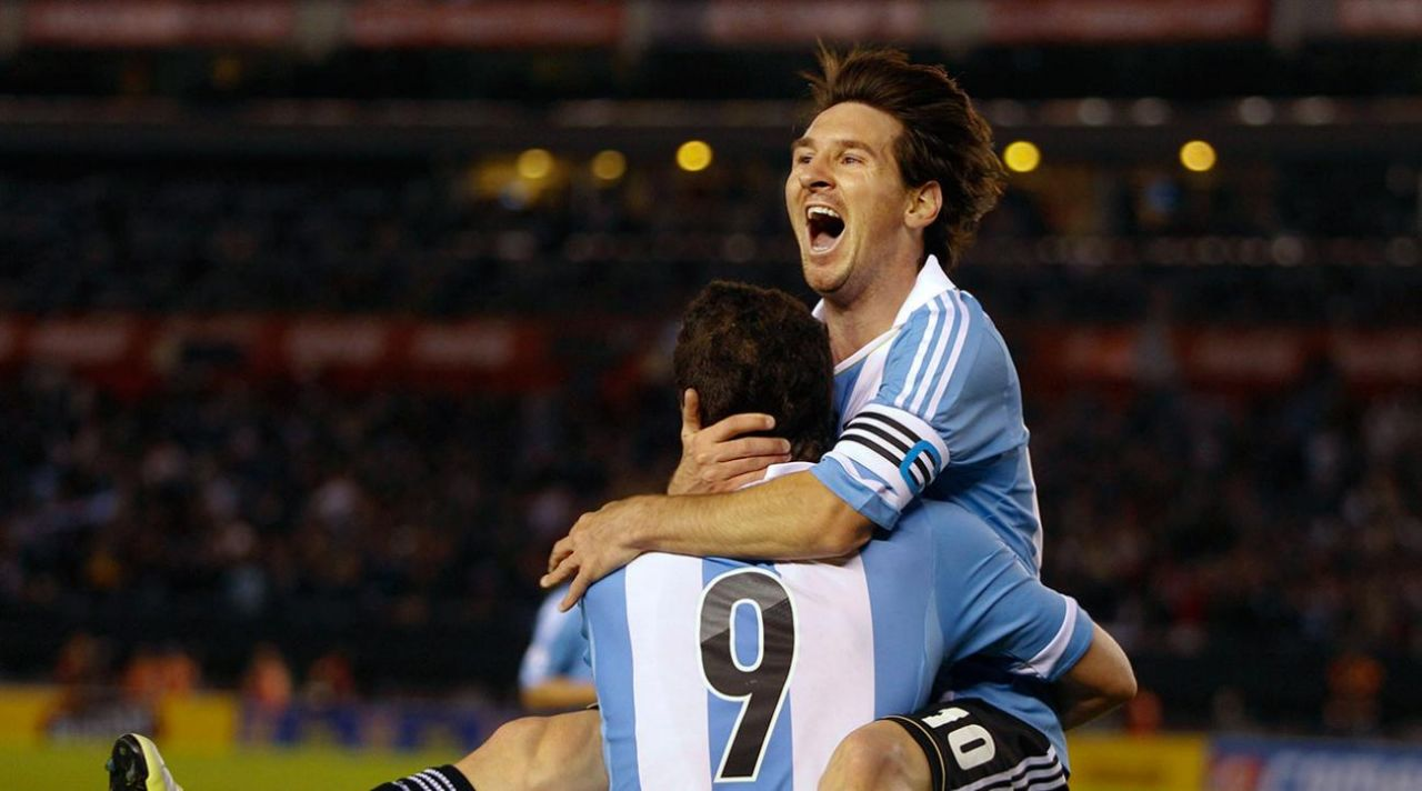 Messi penalty gives Argentina a winning start in World Cup qualifiers