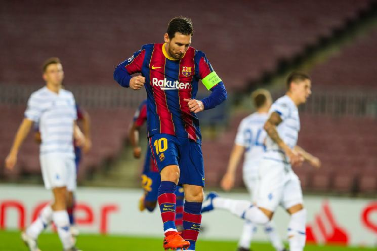 Ter Stegen ensures Barça beats Dynamo 2-1 in 1st game back