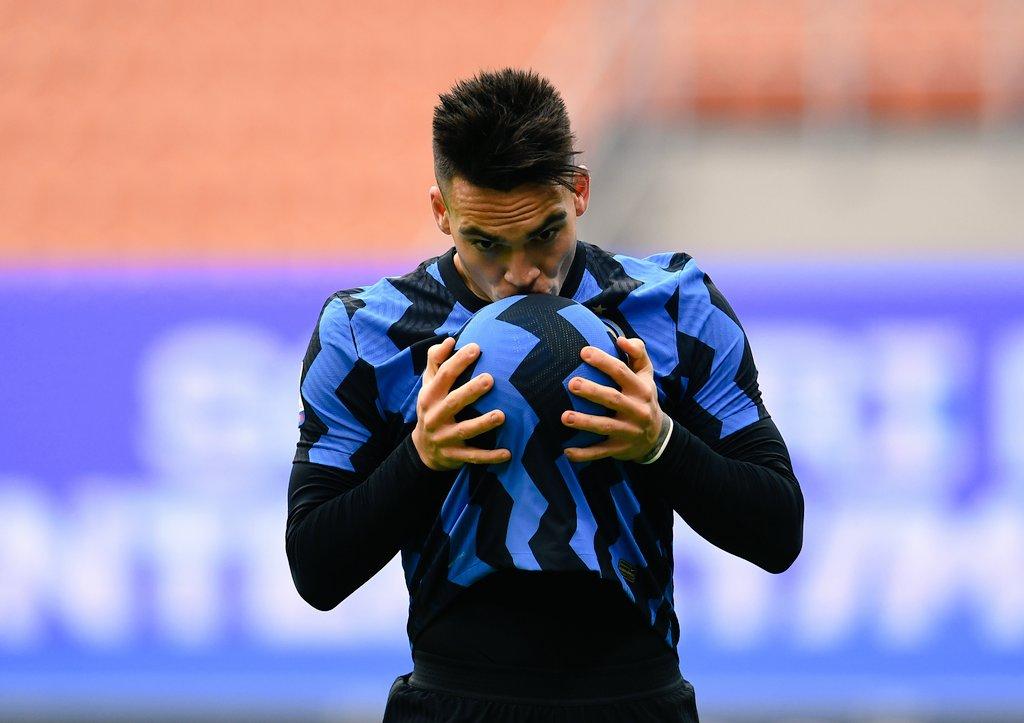 Lautaro Martinez scores hattrick for Inter in 6-2 win vs. Crotone | Mundo  Albiceleste